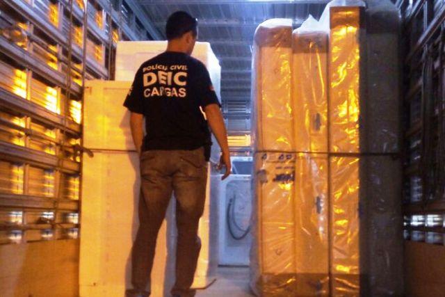Carga avaliada em R$ 17 mil foi apreendida em Viamão (Foto: Polícia Civil/Divulgação)
