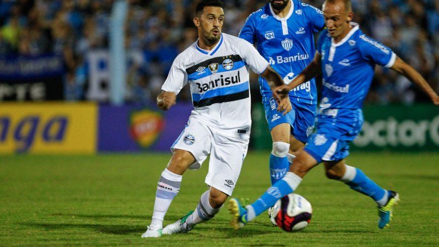 38615c96ad O Novo Hamburgo bateu o Grêmio nos pênaltis e decidirá o Gauchão contra o  Inter