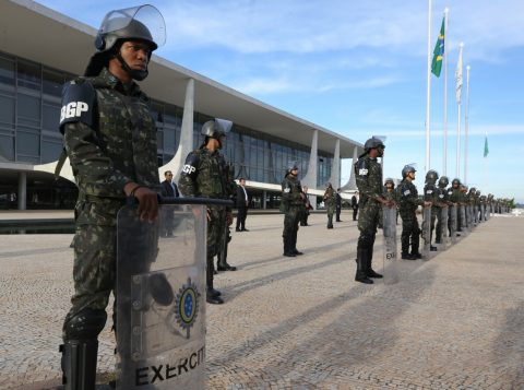 Força Nacional foi convocada nessa quinta-feira para realizar protocolo de segurança. (Foto: Valter Campanato/Agência Brasil)