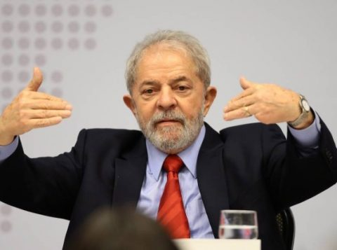 """O ex-presidente Lula participa do seminário """"Estratégia para a Economia Brasileira Desenvolvimento, Soberania e Inclusão"""" (Foto: Reprodução)"""