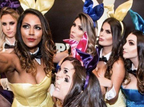 Modelos durante festa da Playboy para qual foram contratadas em agosto de 2016 (Foto: Reprodução)