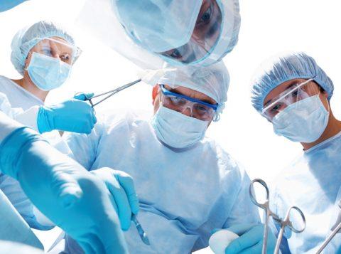 Pacientes estavam à espera do procedimento pelo Sistema Único de Saúde. (Foto: Reprodução)