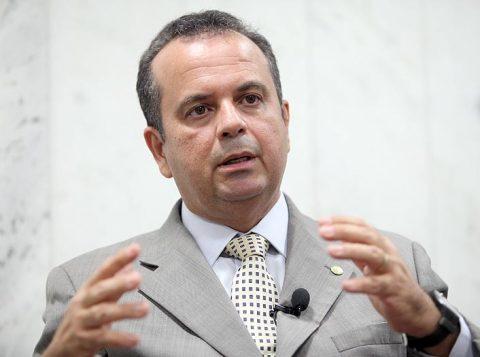 Os deputados aprovaram substitutivo do deputado-relator da reforma, Rogério Marinho (PSDB-RN, na foto), que transforma o imposto em contribuição opcional. (Foto: Reprodução)