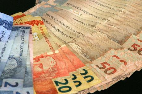 E as previsões de especialistas apontam, para este ano, um rombo ainda maior, talvez na casa dos R$ 200 bilhões (Foto: Reprodução)