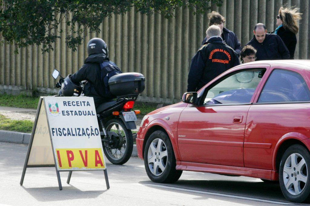 Esta semana vence prazo de pagamento para últimos três grupos de veículos conforme numeração final da placa (Foto: Antonio Paz/ Arquivo Piratini)