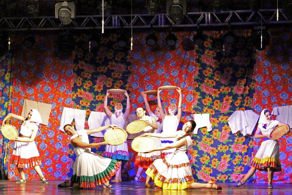 Grupo traz coreografias elaboradas de músicas populares (Foto: Guilherme Martinez)