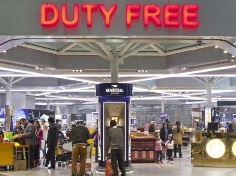 Dólar alto e mais importados no País limitam a vantagem dos free shops