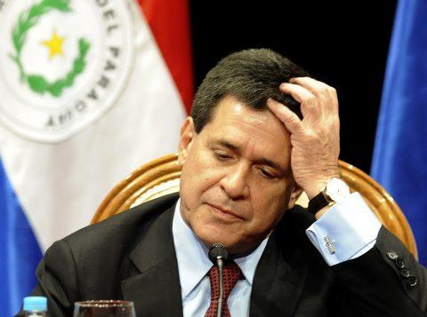 O ex-presidente do Paraguai Horacio Cartes é alvo de mandado de prisão na Operação Lava-Jato