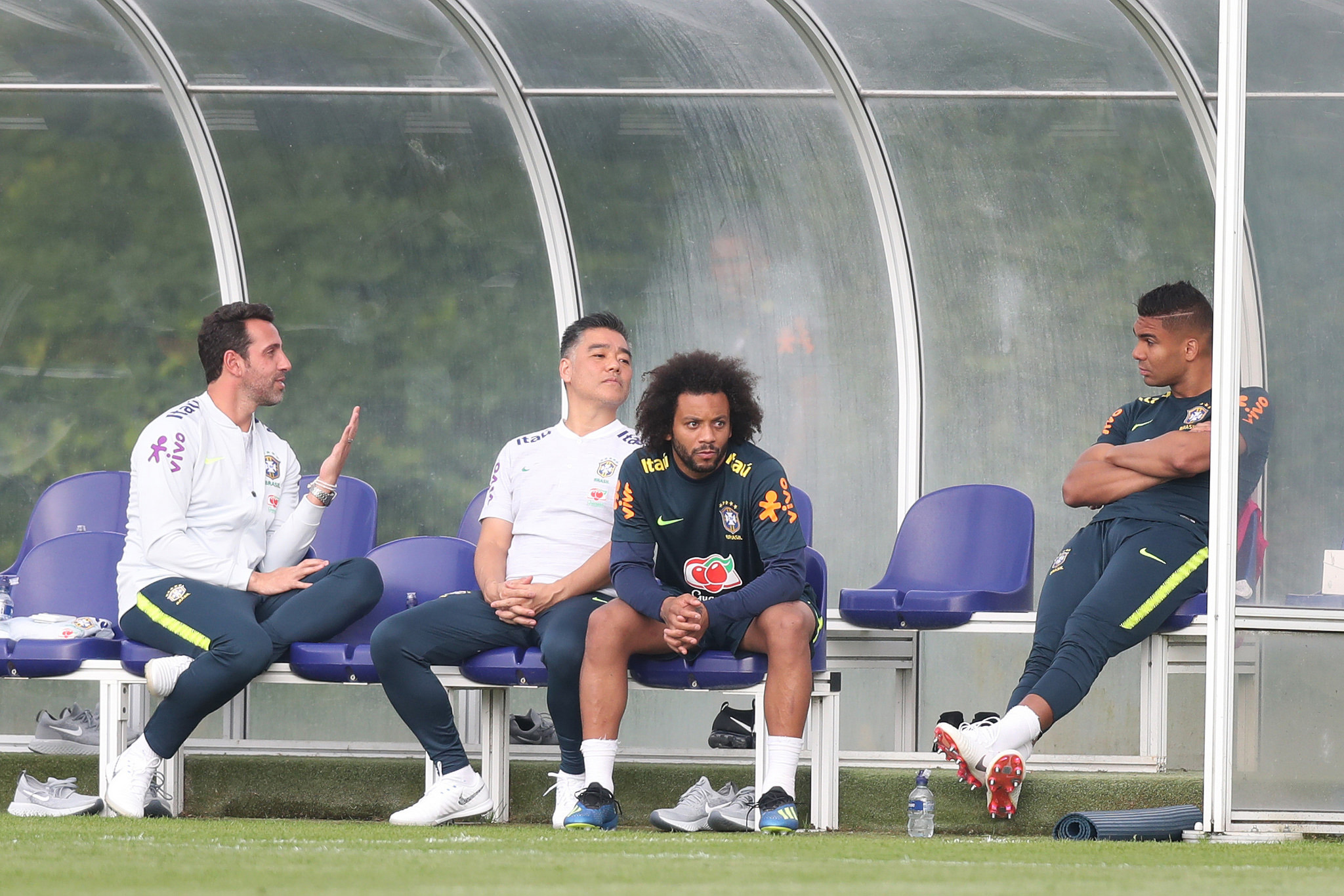 b97af0b05b Marcelo e Casemiro se apresentaram e a Seleção Brasileira já tem o grupo  completo em Londres