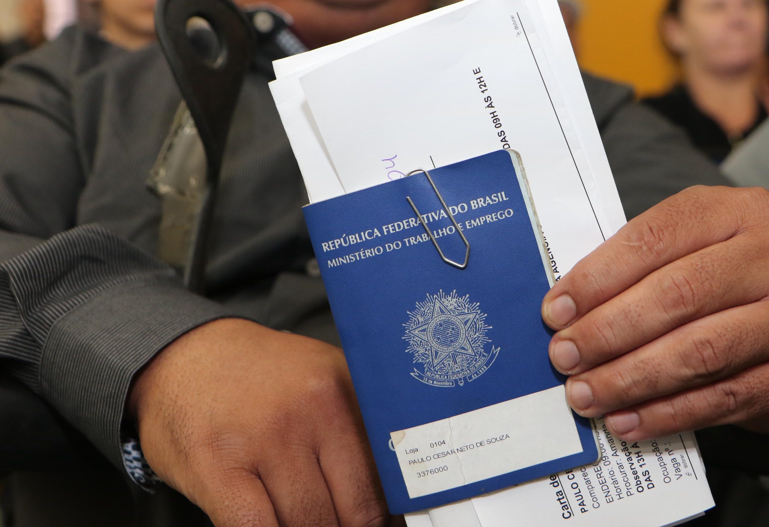 Sine oferece 248 vagas de emprego para pessoas com deficiência em Porto  Alegre c67ef5ae52e67