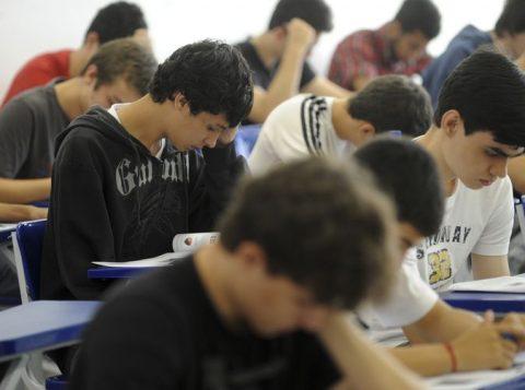 O Ministério da Educação quer mais 1 milhão de alunos no ensino técnico, mas não define orçamento