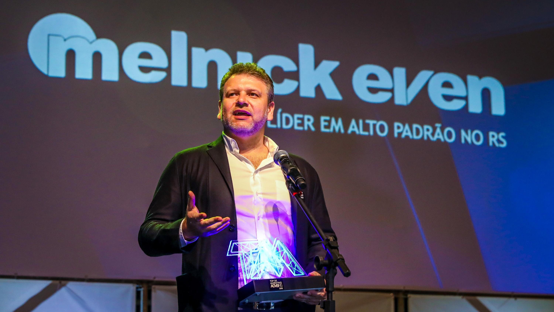ef9a60677 Melnick Even ganha Top Ser Humano e Top de Marketing 2018. Duas das mais  importantes premiações do RS e do País