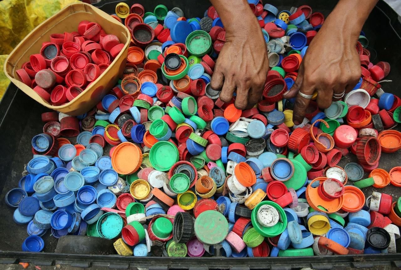 37bfb5f34c0 Os seres humanos comem plástico sem saber