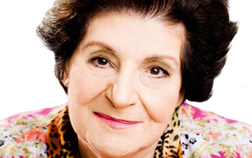 Aos 92 anos, morre a escritora Zibia Gasparetto