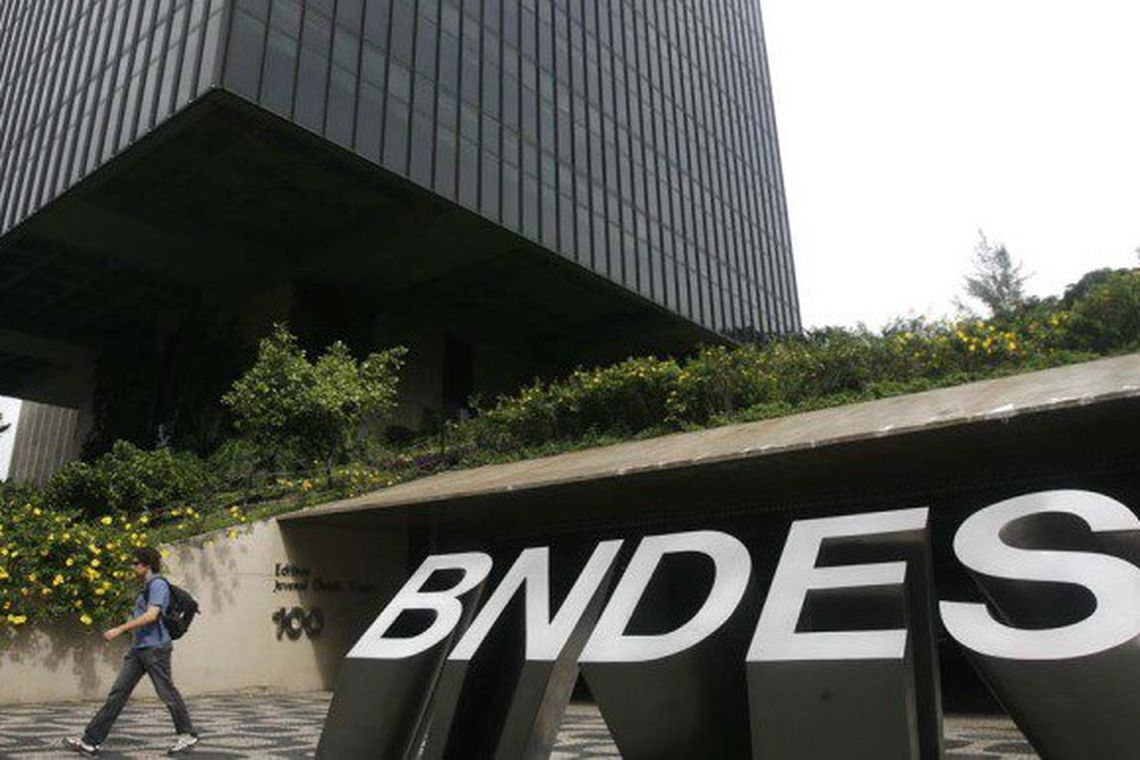 O BNDES aumenta o rigor na checagem de antecedentes de funcionários de alto escalão