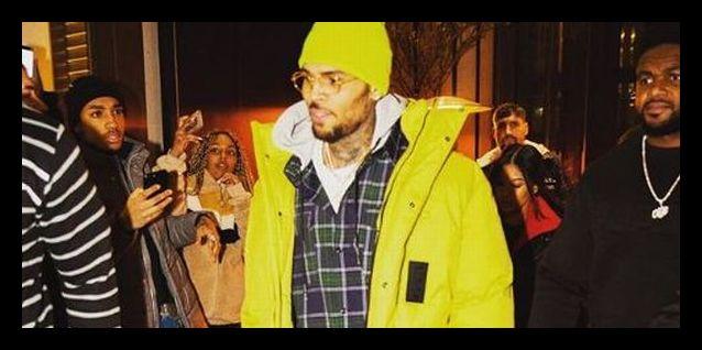 O cantor Chris Brown abriu um processo de calúnia contra a mulher que o  acusou de estupro ea71d9f60e1