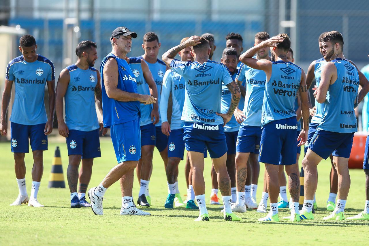 Grêmio faz treino técnico-tático para encarar o Juventude na Arena
