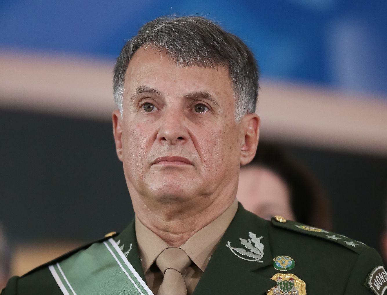 Resultado de imagem para novo comandante militar do exercito