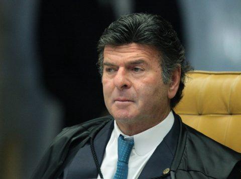 O ministro do Supremo Luiz Fux suspendeu o julgamento de processo disciplinar contra o procurador Deltan Dallagnol