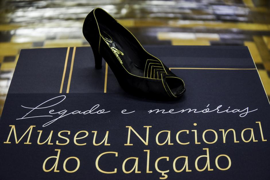 3105b4942 Exposição celebra pioneiros do design de calçados de Novo Hamburgo ...