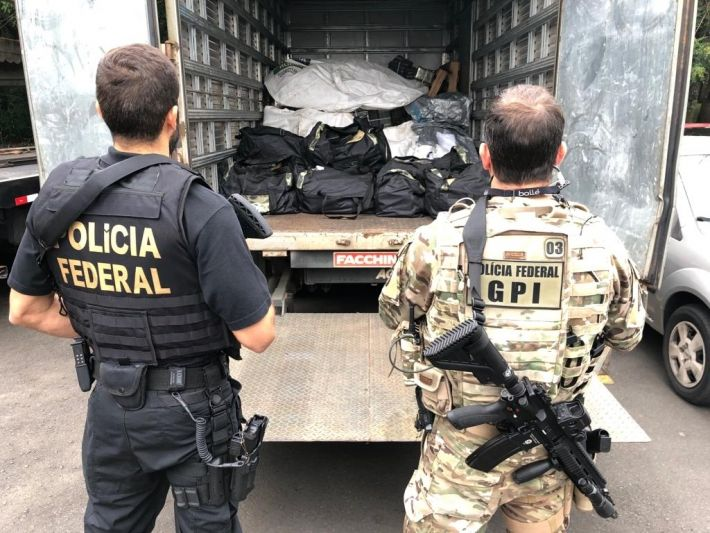 A Polícia Federal queimou três toneladas de cocaína e haxixe