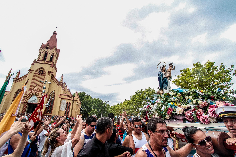 Público recorde na Festa de Navegantes em Porto Alegre no sábado ... 68f6b704518b6
