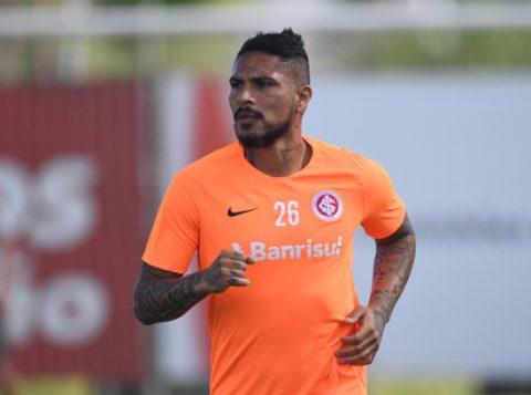 Zé Ricardo aguarda Guerrero para escalar o Inter com força máxima contra o Corinthians