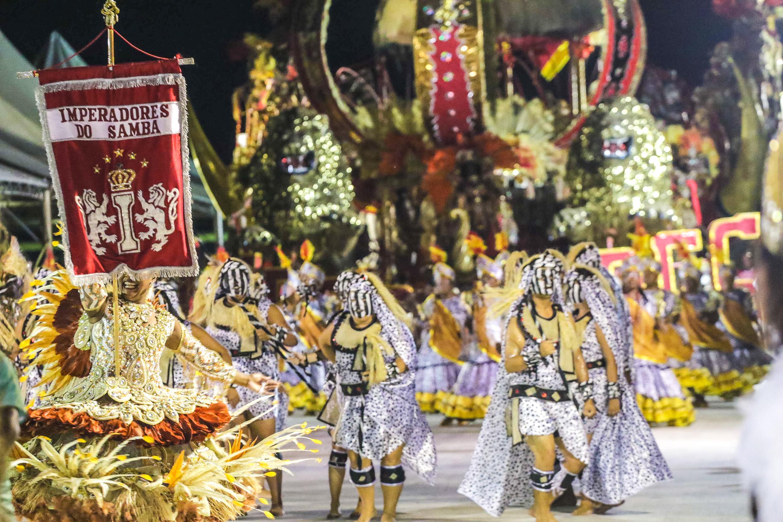 A Imperadores do Samba é bicampeã do carnaval de Porto Alegre ... e21a142be1713
