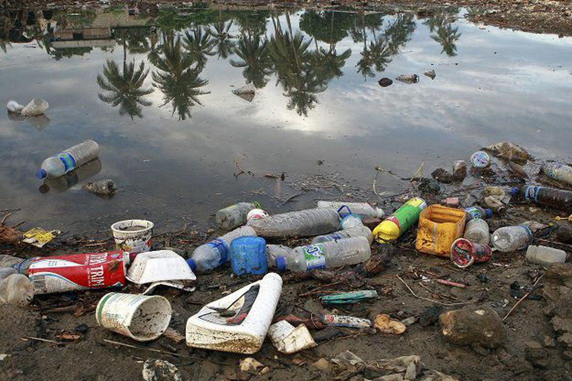 Resultado de imagem para brasil e o quarto pais que produz lixo plastico