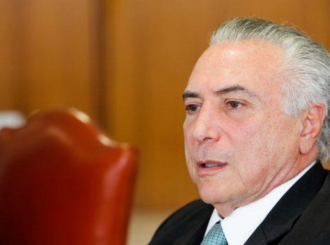 Temer é absolvido da acusação de obstrução de Justiça por conversa com o empresário Joesley Batista