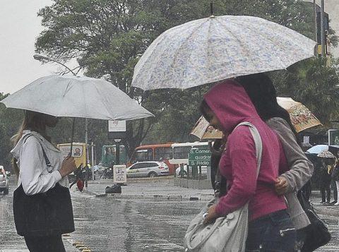Os próximos dias devem ter predomínio de chuva e umidade no Rio Grande do Sul