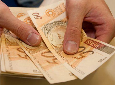 Governo gaúcho começa a pagar os salários de outubro dos servidores estaduais