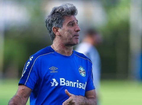 Renato joga pressão no Flamengo, dizendo: Gastou 200 milhões. Tem obrigação de ganhar