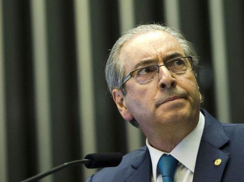 Tribunal suspende uma das prisões preventivas do ex-deputado Eduardo Cunha, mas ele continuará preso