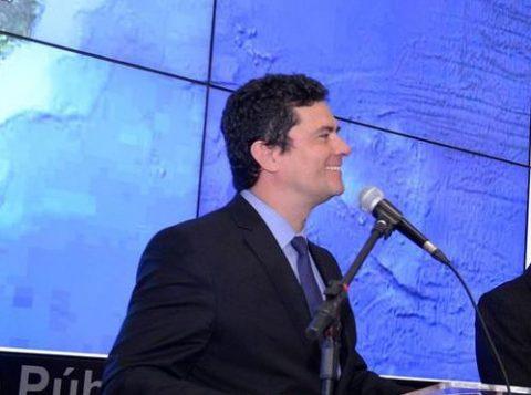 Ministério da Justiça investiga anúncio falso com tentativa de golpe usando imagem de Sergio Moro