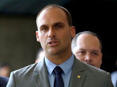 Eduardo Bolsonaro desistiu da embaixada do Brasil nos Estados Unidos após ser confirmado líder do PSL