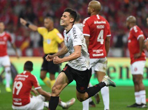Jogadores do Grêmio se manifestam após derrota do Internacional no Beira-Rio