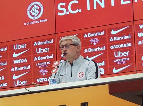 Técnico do Internacional lamenta título perdido e garante força total no Brasileirão