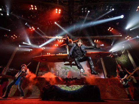 Hoje é dia de rock! Confira esquema de trânsito e transporte para show do Iron Maiden