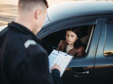 Entenda como funciona multa por direção perigosa