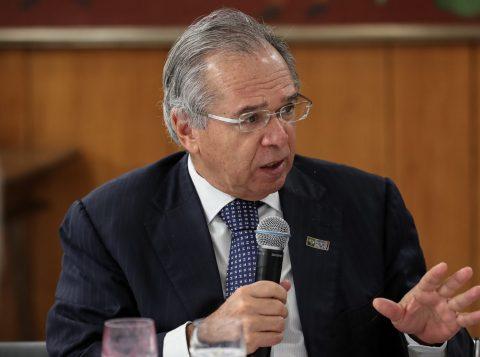 O ministro da Economia, Paulo Guedes, cancela a sua participação na reunião anual do FMI
