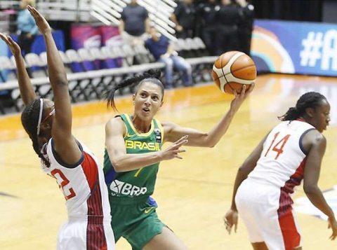 A seleção brasileira feminina de basquete teve uma boa atuação, mas perdeu para os Estados Unidos na Copa América