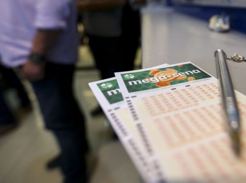 Mega-Sena pode pagar R$ 14,2 milhões nesta quarta-feira