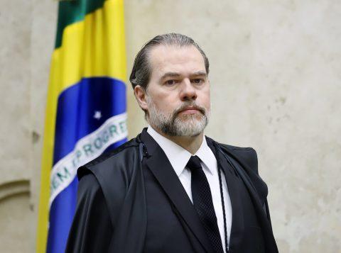 Presidente do Supremo intima o Banco Central e obtém dados sigilosos de 600 mil pessoas