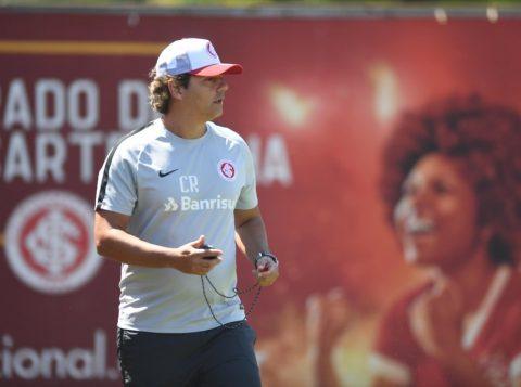 Zé Ricardo comandou o seu primeiro treino como técnico do Inter