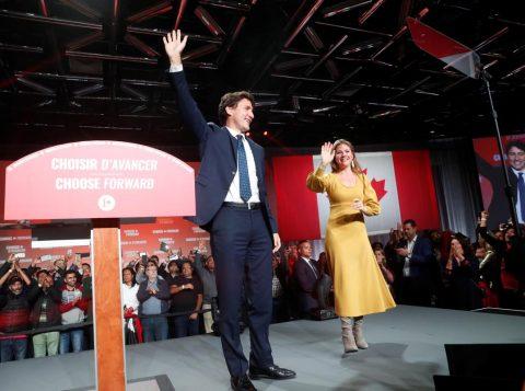 Trudeau vence eleições no Canadá, mas não consegue obter maioria