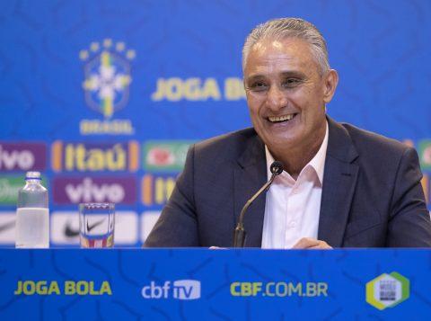Tite negou que tenha recebido um pedido do Flamengo para não convocar jogadores do clube para a Seleção Brasileira