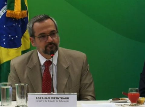 """""""O Enem 2019 não terá foco em questões ideológicas"""", diz o ministro da Educação"""