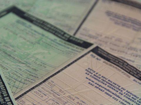 O Detran gaúcho alerta os donos de veículos sobre problema no pagamento de taxas em lotéricas