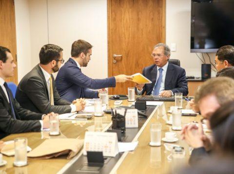 Governador Eduardo Leite discute Regime de Recuperação Fiscal em Brasília